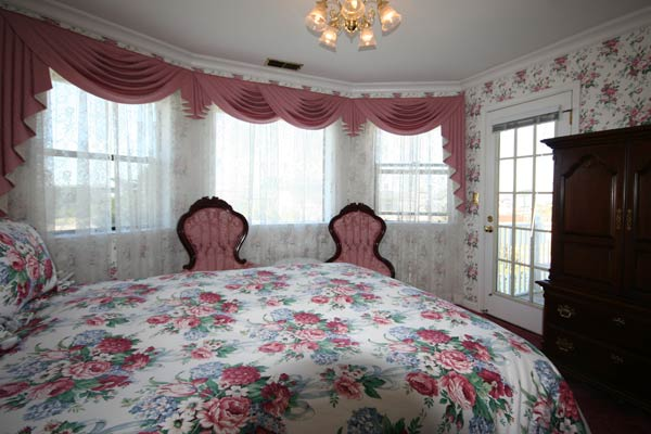 room-bay1
